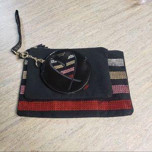 NWT Victoria's Secret make-up bag set with clip